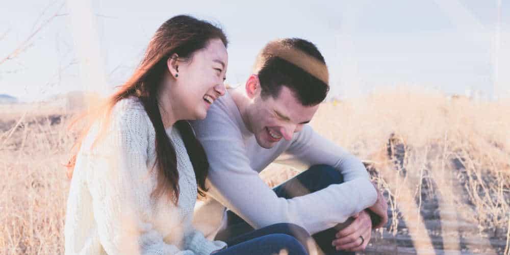 42 vragen om een gesprek te beginnen tijdens een eerste date